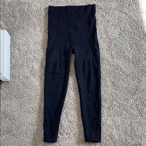 BLANQI Postpartum Everyday Highwaist leggings